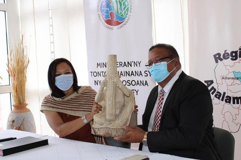 Reverdir Madagasikara: mise en place de la vitrine présidentielle de reboisement à Analamanga Park