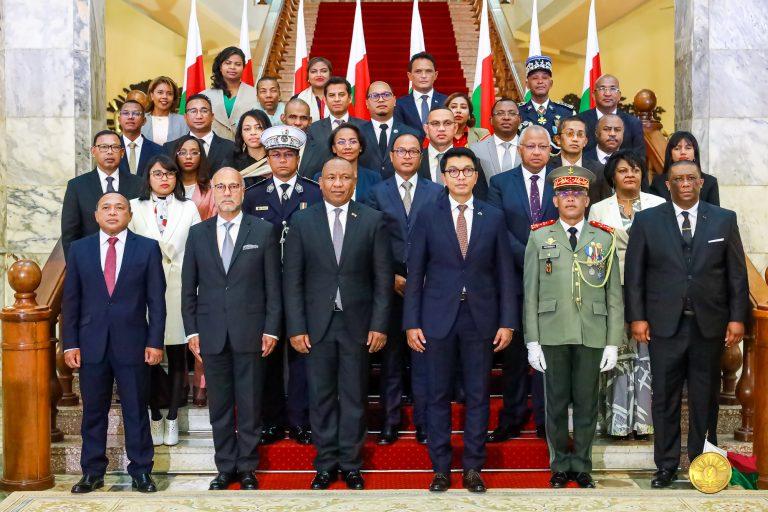 Décret Nomination Gouvernement 15 Août 2021