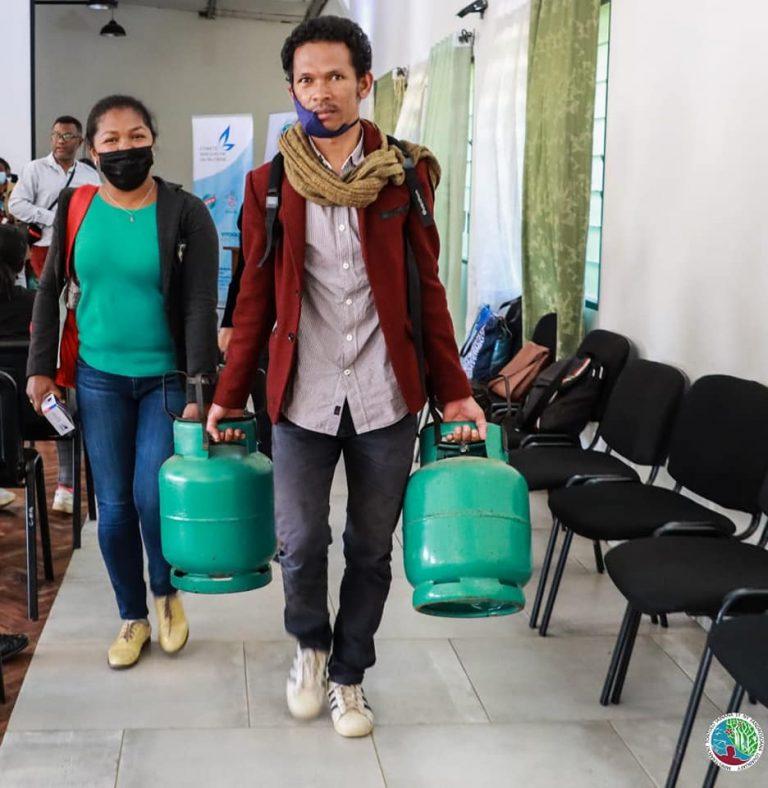 GAZ BUTANE : DEBUT DE LA DISTRIBUTION DES KITS COMPLETS DE PREMIERE UTILISATION